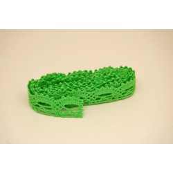 cotton scalloped lace 1 m x 12 mm wide - green