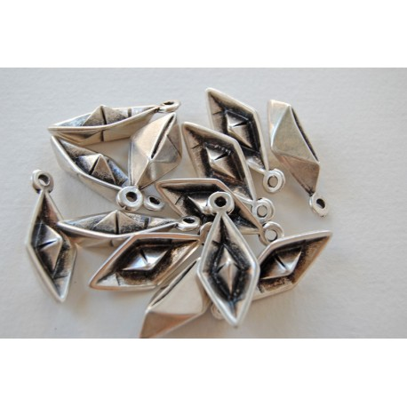 1x 3D paper boat silver plated charm