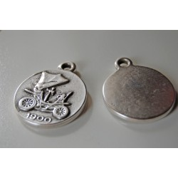 medallion metal charm - vintage car